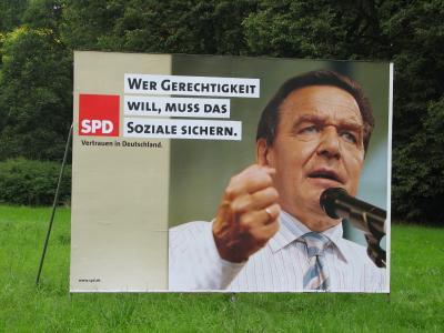 SPD-Plakat: Wer Gerechtigkeit will, muß das Soziale sichern