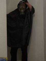 Unsere Wohnung konnte man nur mit Gasmaske und Schutzanzug betreten!