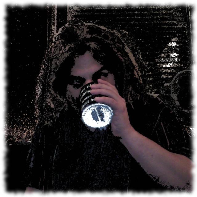 Wieder so ein Ulf-trinkt-berpennt-seinen-Kaffee-Bild.