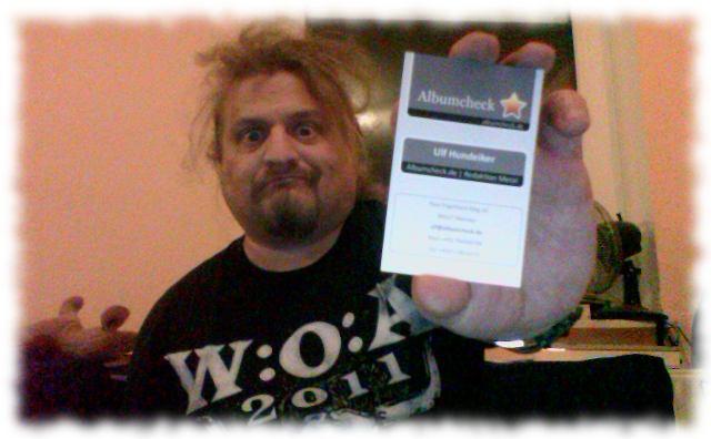 Ich zeige meine neue Visitenkarte von Albumcheck.de!