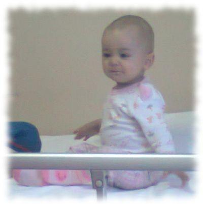 Aurela im Krankenhaus.