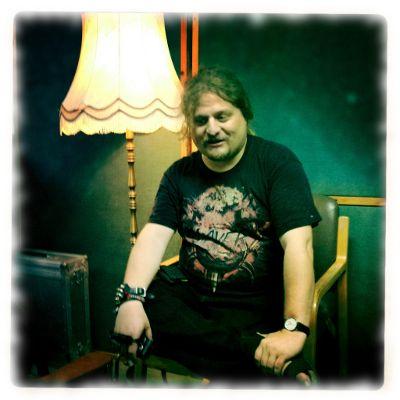 Ich im Proberaum, Pause machend. Foto von Lars Daum.