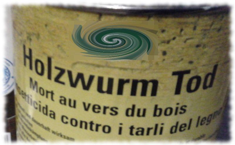 Auf der Lackdose steht Holzwurm Tod statt Holzwurmtod.