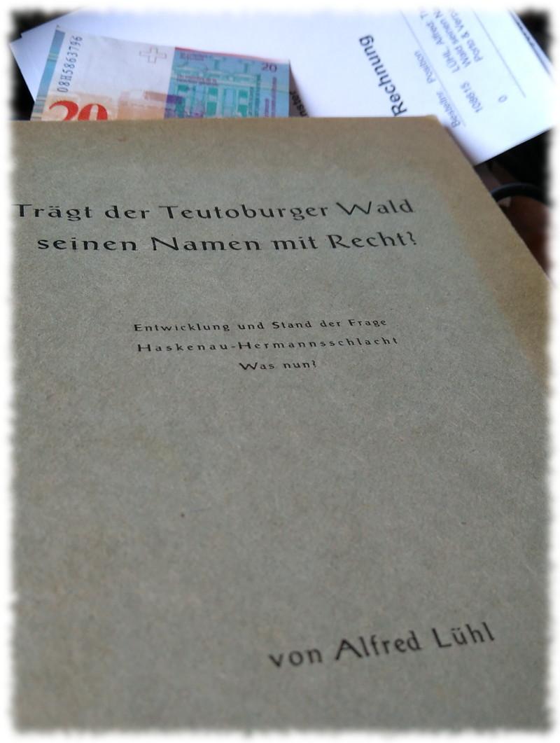 Deckel des erwähnten Buches Trägt der Teutoburger Wald seinen Namen mit Recht? on Major Alfred Lühl